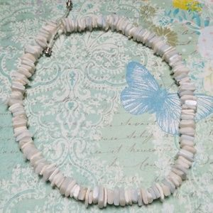 ☀️Vintage 1970s Authentic Shell Puka Necklace EUC